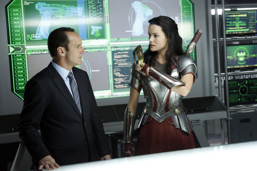 lady sif in agents of shield.jpg
